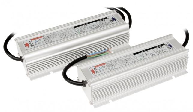 屋外用スイッチング電源 DC12V / 24V